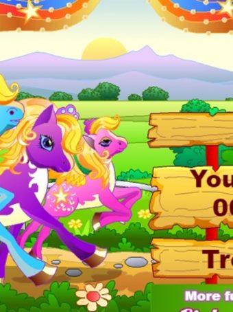 Puikus gyvūnėlių žaidimas vaikams apie arkliųkų lenktynės.