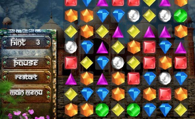 Loginis žaidimas apie Egipto deimantus. Sujunk 3 deimantus ir jie susinaikins.