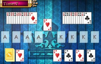 Atnaujintas žaidimas kortos kariauja.