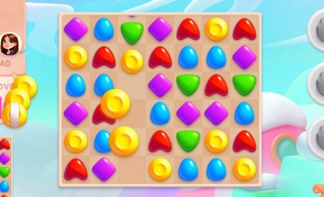 Loginis žaidimas su saldainių jungimais.