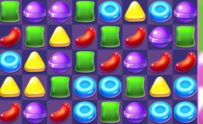 Saldainių crush žaidimas.