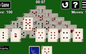 Atnaujintas solitaire piramidė žaidimas.