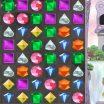 Sujunk tris ir daugiau deimantus naikinimo žaidime telefone.